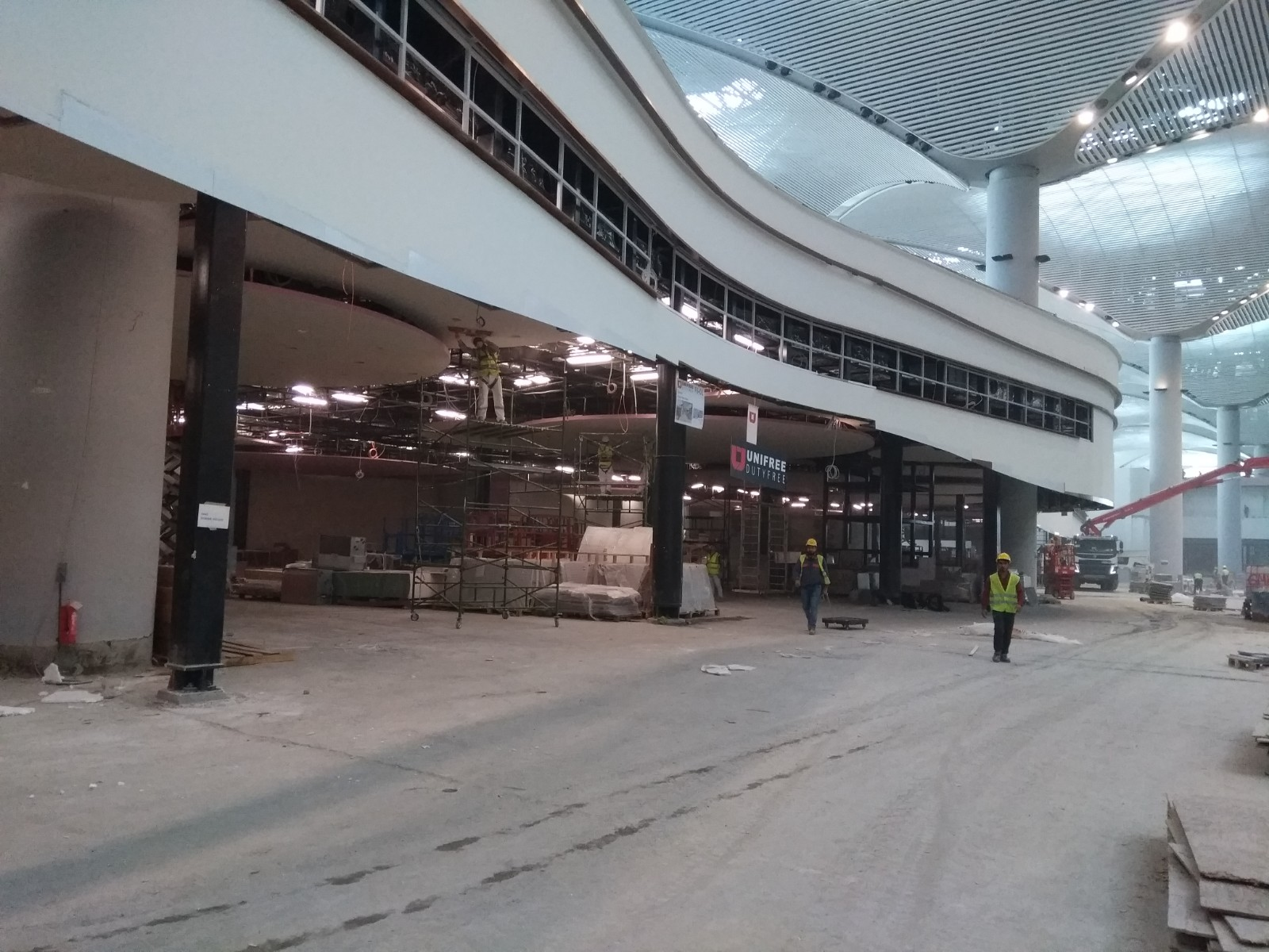 NEWS FROM THE F FLOOR OF THE ISTANBUL AIRPORT!